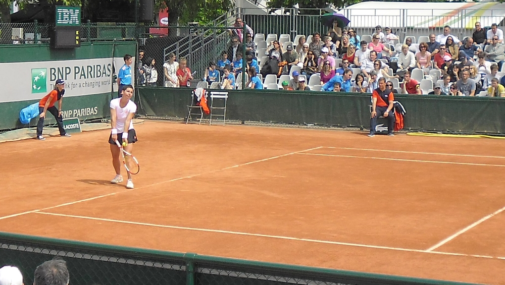 Will Carla still be demoted to the outside courts after her success this year? (photo taken during Roland Garros 2014)