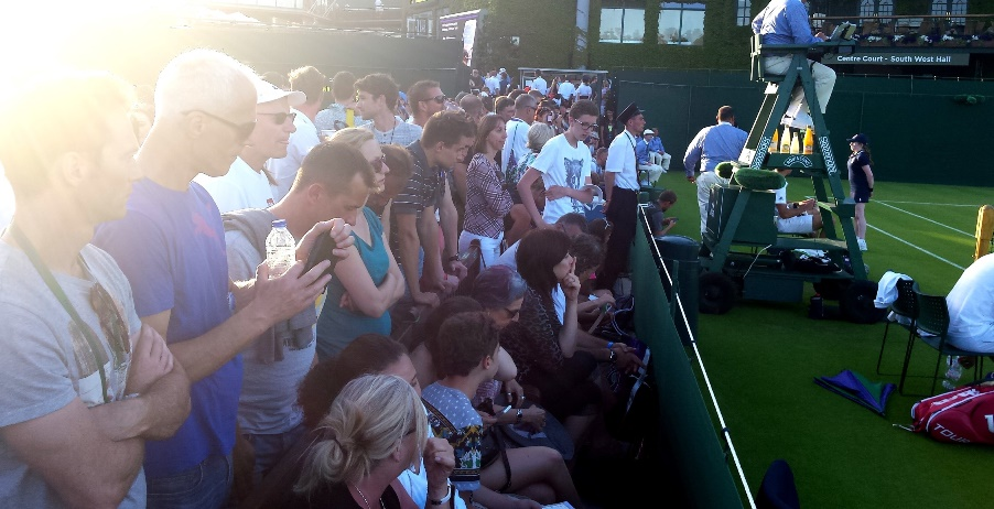 Crowd at Mersel vs Janowicz