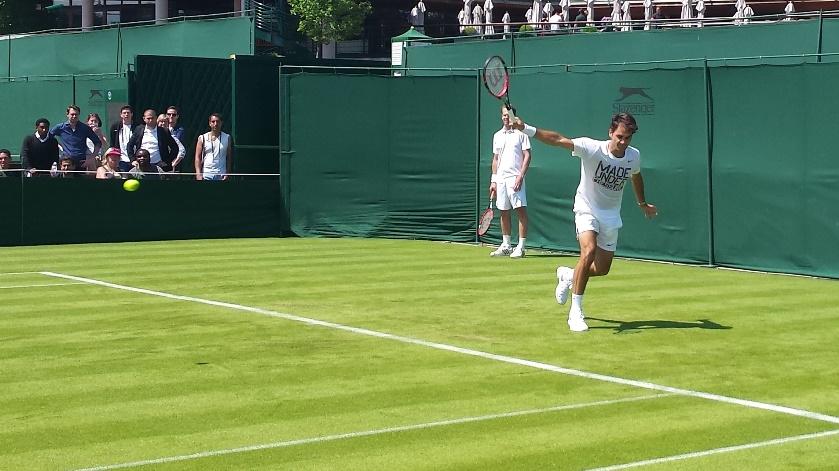 Edberg Federer Wimbledon 2015 b