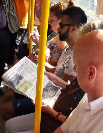 Tennis reader in tube
